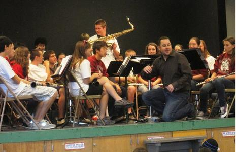 Tenor Sax demo at Glenwood.jpg